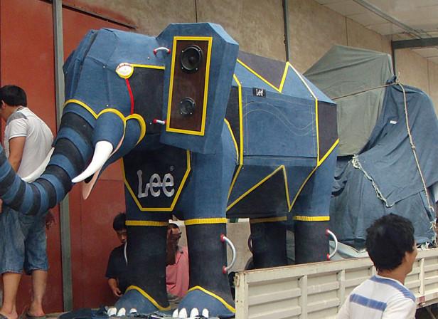 LEE Elephant Being Delivered Hong Kong