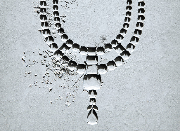 pcrowther_Necklace_highresCMYK.jpg